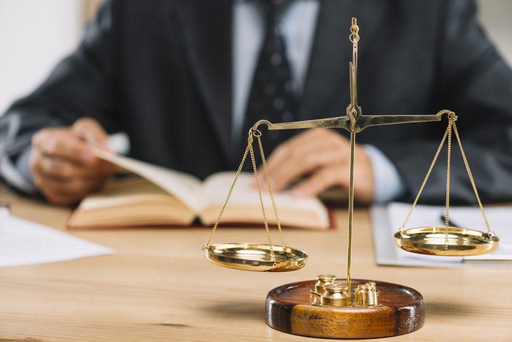 domeniul SSM este reglementat de Legii nr. 53/2003 și Legea nr. 319/2006