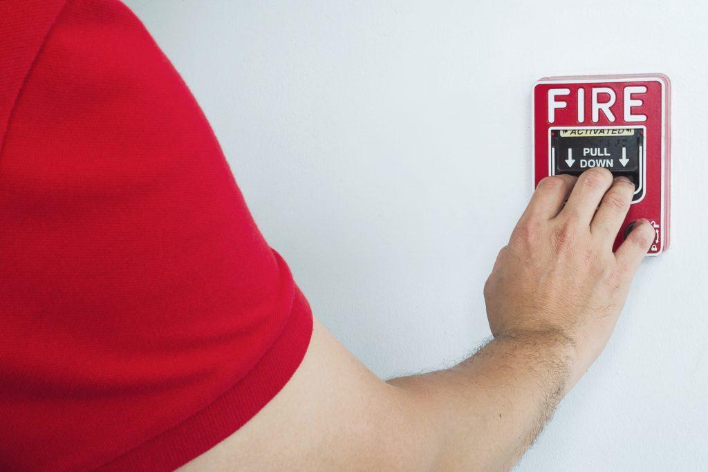 alarma pentru incendiu la locul de muncă